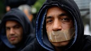 syrian-refugees-hunger-strike-.si