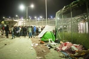 Registration queue of the Syrians / copyright: Salinia Stroux